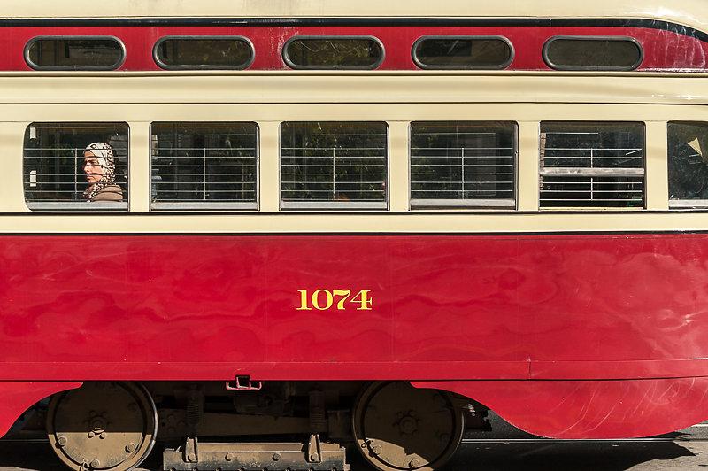 dcm-105.jpg